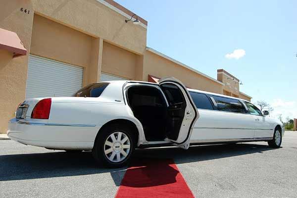 lincoln stretch limousine La Porte